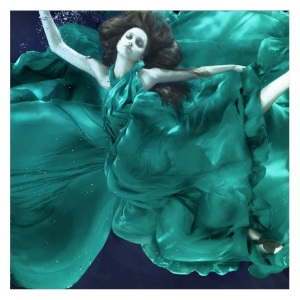 alix underwater green dress