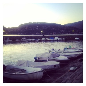 lake como shore