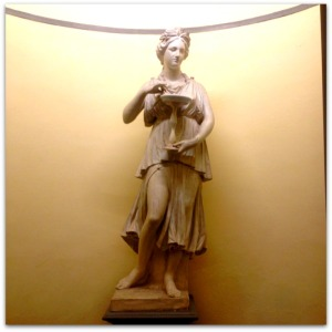 Santa Maria Novella Statue Megan In Sainte Maxime